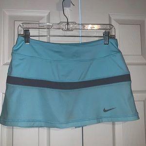 Nike Dri-Fit tennis skirt skort Sz Medium